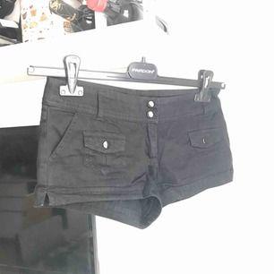 Svarta shorts från H&M