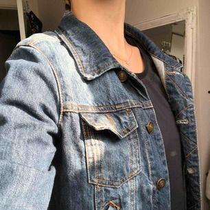Mörkare jeansjacka 🌸