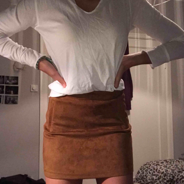 Super snygg kjol från pull & bear i st S🥰🤪🤪oanvänd!!. Kjolar.