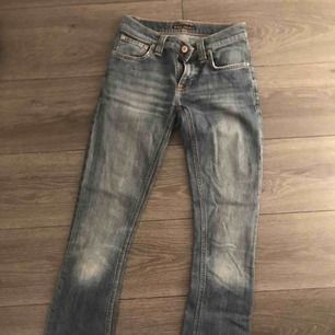 Ett par snygga jeans i fin tvätt. Från Nudie Jeans