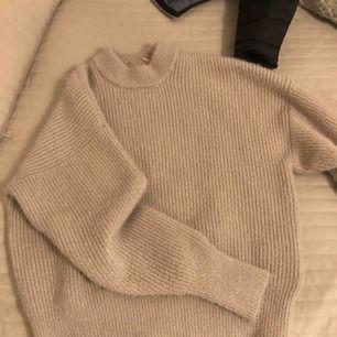 Mysig tjock tröja från Gina Tricot