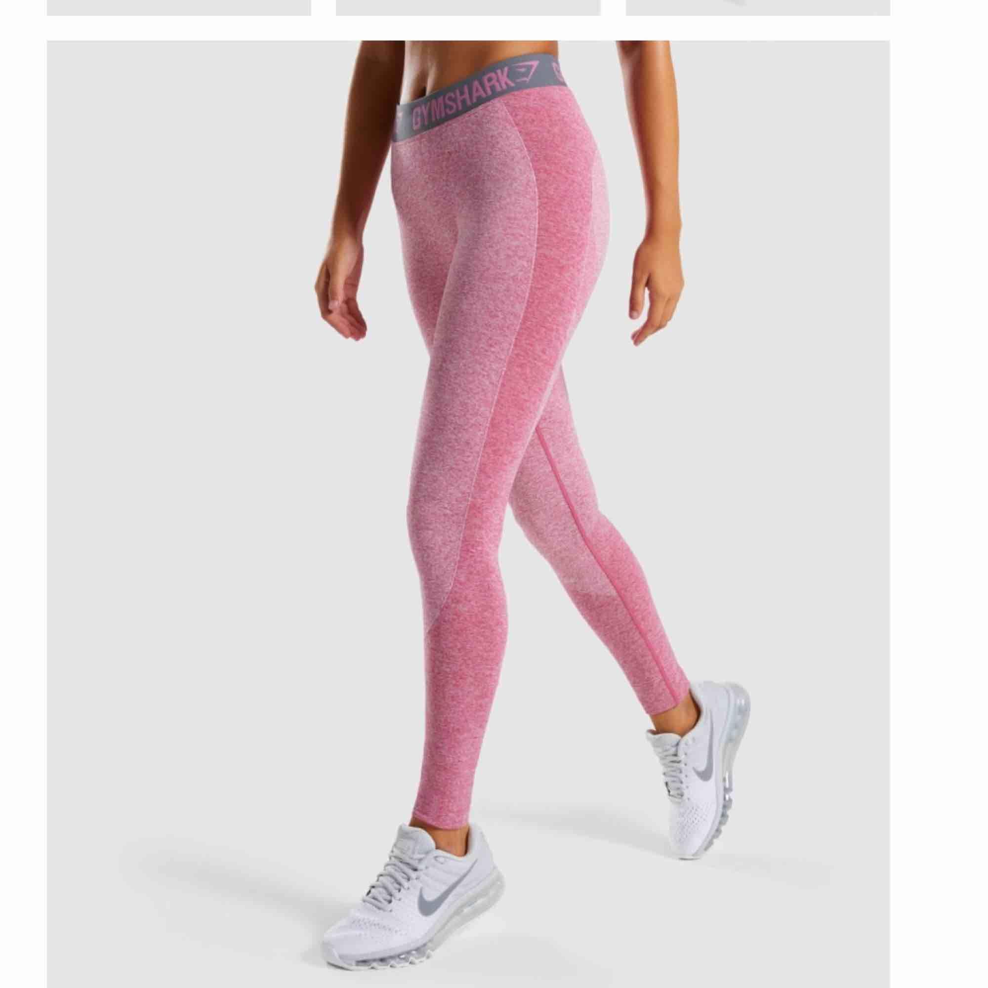 Gymstark thights, storlek S men passar mer M. Jeans & Byxor.