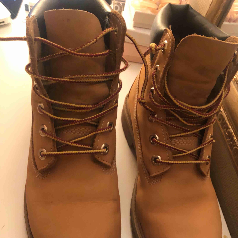 Timberlands skor, knappt använda i fint skick . Skor.