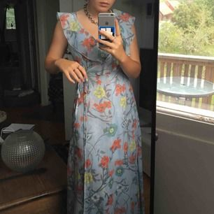 sjukt fin klänning som knappt används!!💖