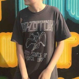 Brandy Melville Led Zeppelin tröja i onesize. Fri frakt! :)