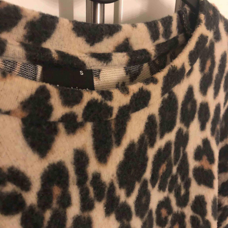 Riktigt fin leopard tröja i strl S. Tröjor & Koftor.