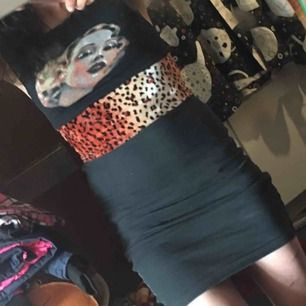 Såå sexig och helt unik tight klänning. Hemmasydd ( dock ej av mig) Fri frakt