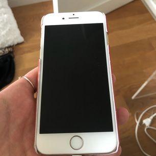 Jag säljer min iPhone 6 med 16 GB
