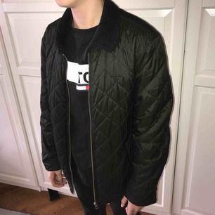 Snygg gant jacka inköpt på en gant butik för 2000 Köparen står för frakten