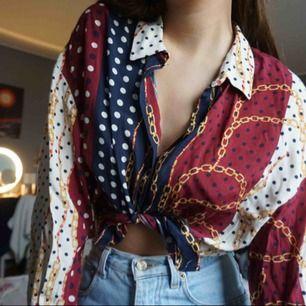 ascool skjorta från Zara! går även att ha rak. storlek S. 200 kr inklusive frakt