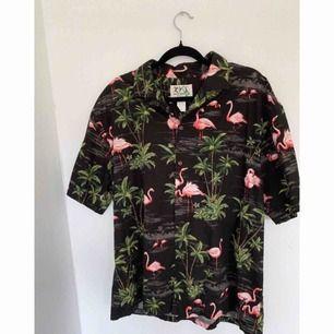 Herrskjorta från Hawaii, sparsamt använd. Storlek XL 🌴