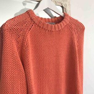 Fin tröja i fin färg från Gina 🧡