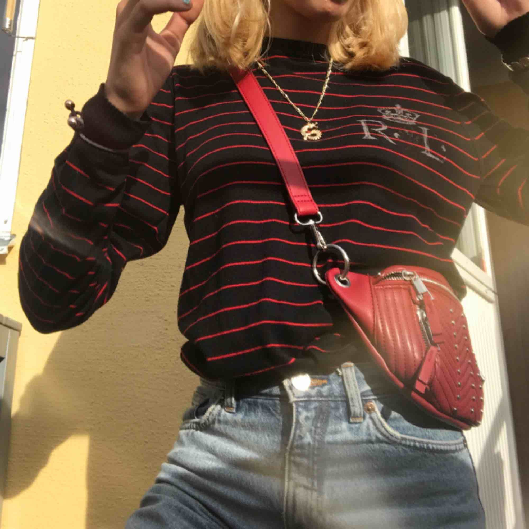 ralph lauren sweatshirt/tröja storlek S. möts i stockholm annars tillkommer frakt💕. Huvtröjor & Träningströjor.