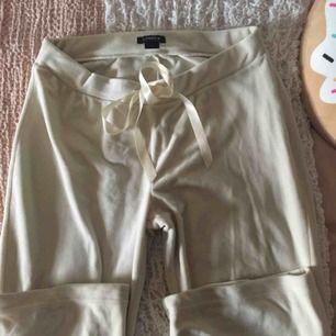 Ett par väldigt sköna byxor från Lindex.