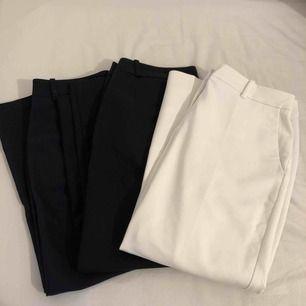 Har tre par kostymbyxor inköpta ifrån promod för 399kr styck, de svarta är lite mer använda än de andra två som är använda max 1/2 gånger. Säljs för 200kr styck, frakt tillkommer