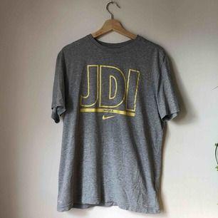Stor t-shirt från Nike