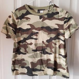 T-shirt från hm,köparen står för frakt🔮