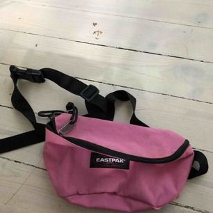 Classic eastpak väska i rosa