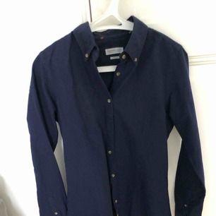 Lik Ralph Laurent skjorta, kostar 899 kr ord. Aldrig använd. Bomullsskjorta från J.harvest and frost