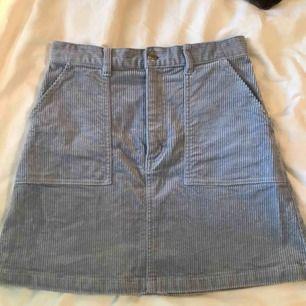 Ljusblå/lila Manchester kjol i bra skick, använd få gånger. Köparen står för frakten 😁💕
