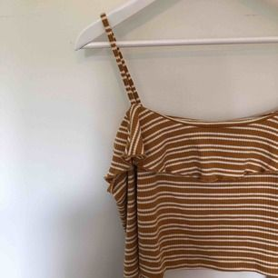 Oanvänd offshoulder tröja Kan frakta eller mötas i göteborg