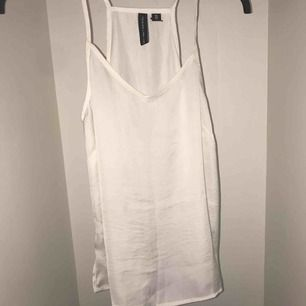 Silk linne med v ringning ,Så bekväm 👌🏻❤️