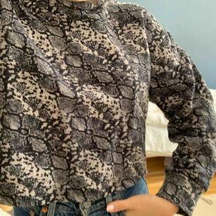 Mönstrad sweater perfekt till när det börjar bli lite kallare☺️