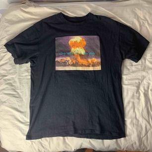 The Hundreds t-shirt. Storlek M herrstorlek , aningen oversized