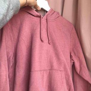 Superfin rosa hoodie som har används några ggr🥰
