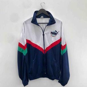 Retro Puma tröja som är oversize💖 Frakt 39kr ✨