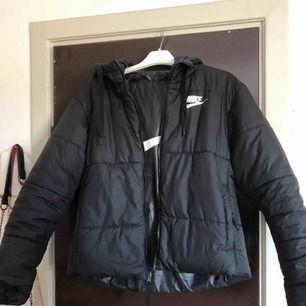 Nike vinter jacka Använd göra vintern Fint skick Ny pris 1000