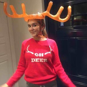 Mysig-som-tusan-jul-tröja, använt 1 gång förra julen och jätte jätteskön (dålig tajming i o med att de är höst men billigare tröja hittar ni liksom inte till julfesten)