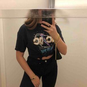 Nice AC/DC tröja, storlek S, är själv storlek S/ mer mot M