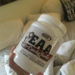 EAA pulver från GAAM. Smak:Sura cola nappar. Möter BARA UPP (Sthlm)