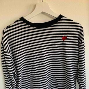 randig långärmad tröja H&M  Använd cirka 2 gånger