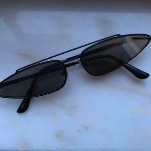 Snygga glasögon från beyond retro som tyvärr aldrig kommit till använda, frakt inräknat i priset<3