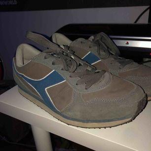 Diadora skor, minimalt använda