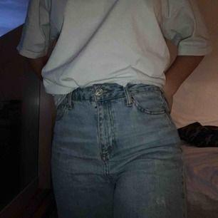 Urban outfitters jeans köpta i vintras 💗 kan mötas i Stockholm eller frakta