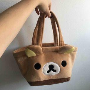 Söt liten rilakuma väska, inköpt i Thailand för ett bra tag sen. Har aldrig använt