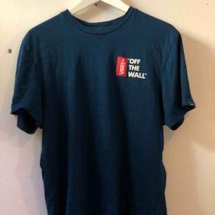 Basic T-shirt från vans 🥰 Priset kan diskuteras 😋