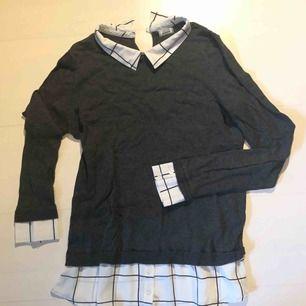 Skjorta och stickad tröja i ett! Perfekt till hösten, näst intill oanvänd!