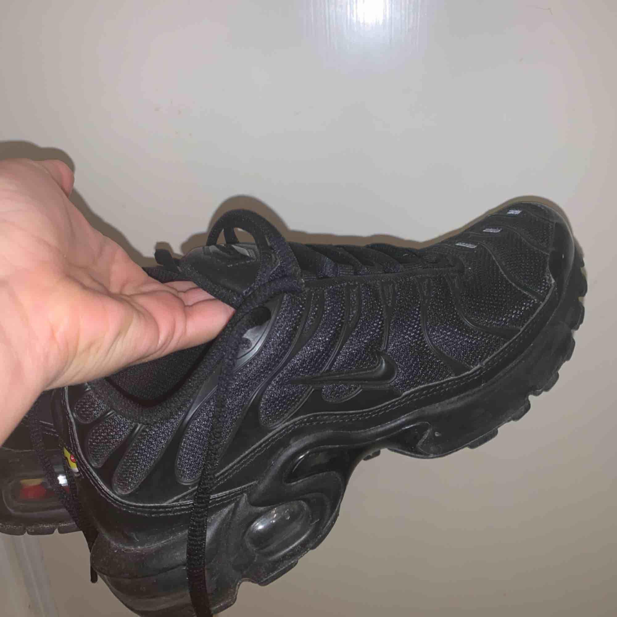 Nike air max plus i nyskick  Köpta för 1800. Skor.