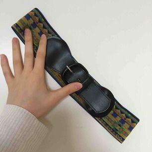 Snyggt bälte med gummiband