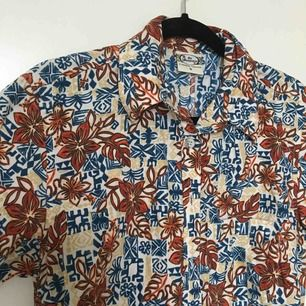 Skitsnygg Hawaii skjorta