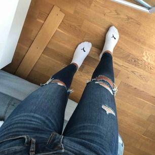 Skit snygga slitna jeans från hollister