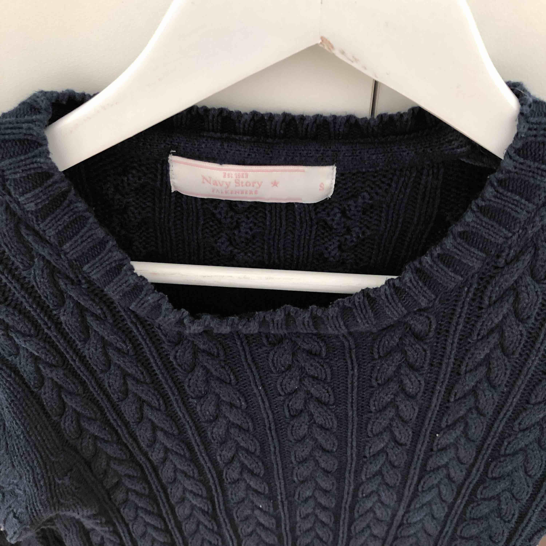 Använd 1 gång. Jättefin långärmad tröja som passar hösten från navy story. Tröjor & Koftor.