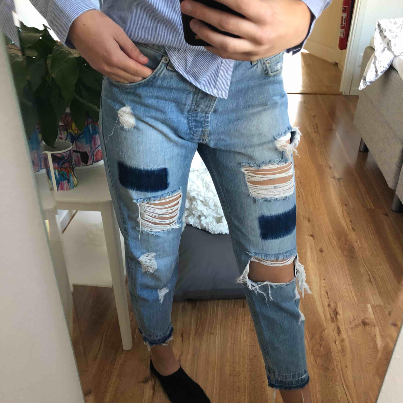 Snygga boyfriend jeans storlek S, fint skick!!. Jeans & Byxor.