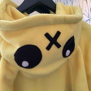 En jättesöt pikachu kofta! Frakt inräknad i priset<3