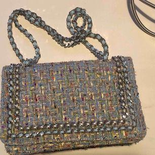 Väska från Ginatricot, måtten är 22 x 15 cm. Aldrig använd.