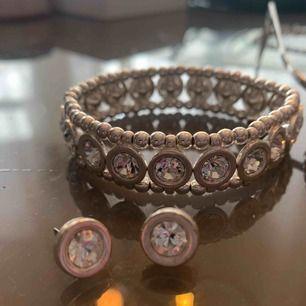 Armband och örhängen från pilgrim